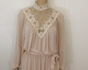 Lace Linen Dress / Victorian Dress / Beige Dress / Romantic Dress / Vintage 30s 40s 50s