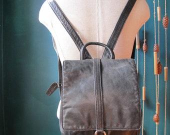 Rad 90s Leather Backpack Black DKNY Bag Purse Drawstring Vintage