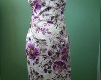 retro bombshell floral print wiggle dress