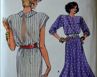 1980s Vogue Vintage Sewing Pattern 9601, Size 8; Misses' Dress