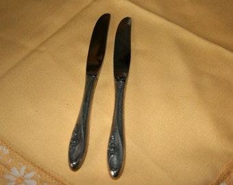 1961 Towle Butter Spreader Knives//Pattern Sculptured Rose//Towle Silverware//Vintage Silverware