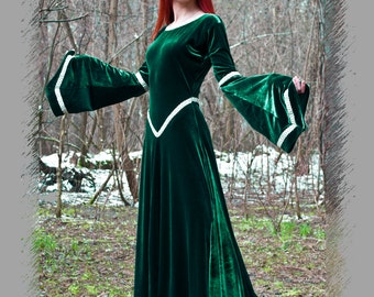 Fantasy dress (green dress, medieval dress, renaissance dress, elven dress, LARP dress, woodland fairy dress)