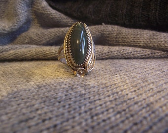 Green Agate and Sterling Silver Ring Sz 9