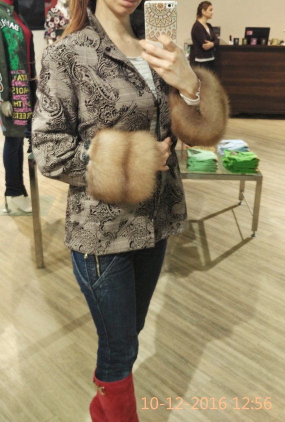 Wool jacket with real marten fur