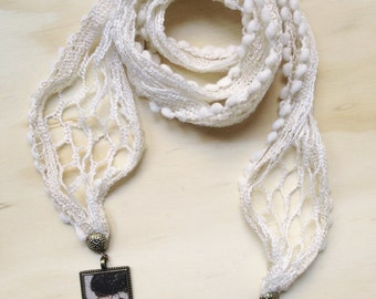 Scarf/necklace Warm white cotton