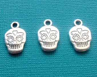 10 Sugar Skull Charms Silver - Day of the Dead Skull Charm- Dia de los Muertos - CS2413