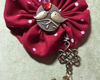 Red Bird Yoyo Brooch by Promise Cottage