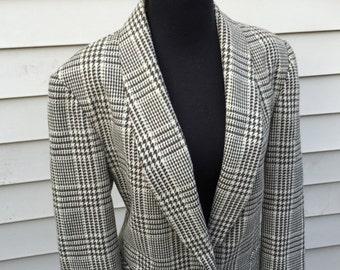 Check Green & Cream Blazer in Size 10