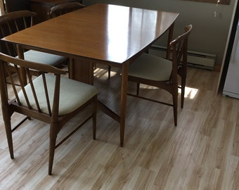 Mid-mod Dining Table and Chairs