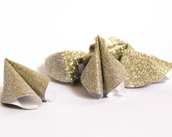Champagne Wedding Favours ~ Fortune Cookies ~ Glitter Paper ~ Wedding Favours ~ Talking Tables ~ Conversation Starters ~ Party ~