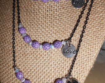 Lilac purple glass beaded necklace