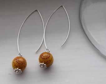 Lovely yellow beaded silver earrings