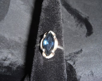 Blue Scalloped Stone Set in Sterling Silver 2.4 Grams Size 6