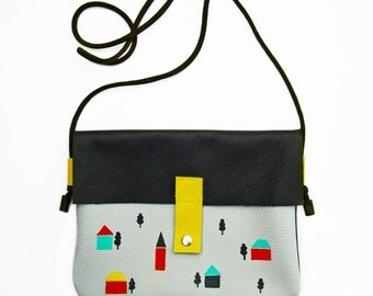Confetti - Leather bag with houses print