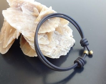 slip knot bracelet, surfer leather bracelet, Surfer bracelet, mens leather bracelet, rugged manly leather bracelet, mens leather jewelry