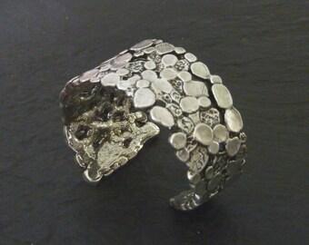 Bracelet rigid cuff, pewter silver or Golden, homemade