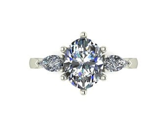 Vintage Pear Cut Moissanite Engagement Ring in 9 Carat White Gold