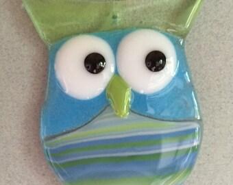 Cheeky glass owl hanging