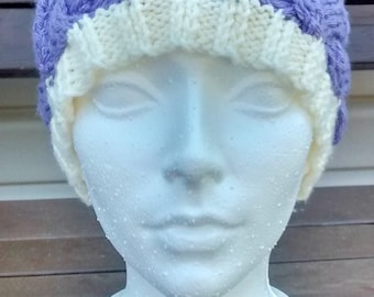 Tuque adult with Pompom colour lilac hand-knitted and cream