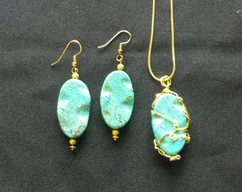Chinese Turquoise Earrings and Pendant Set.