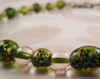 Pretty Green Glass Beads Necklace