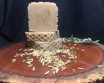Honey,Oat & Goats Milk Scrub Soap