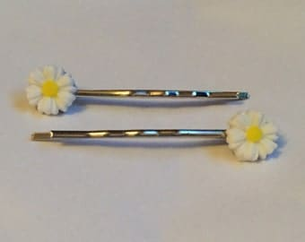 Daisy Hair Slides