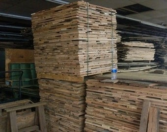 16K' Truck Load  Save Off Wholesale Prices Antique Oak reclaimed for wall/flooring @ 1.25 s/ft. Delivered anywhere IN USA !