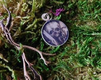 Human Skull Goth Macabre Halloween Black and White Small Pendant Necklace