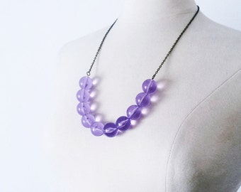 Amethyst Vintage Lucite Bubble strand necklace, Minimalist purple necklace, layering necklace, modern simple necklace, gift for her