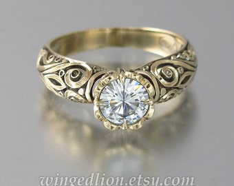 Engagement Ring BEATRICE 14K gold with Moissanite