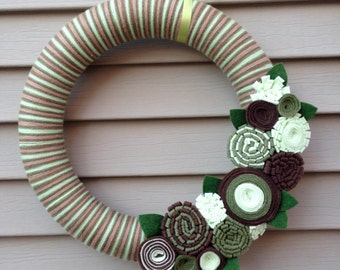 St. Patricks Day Wreath - St. Patricks Day - St. Patty's Day Wreath - Spring Wreath - Yarn Wreath - Green Wreath - Felt Flower Wreath - Yarn