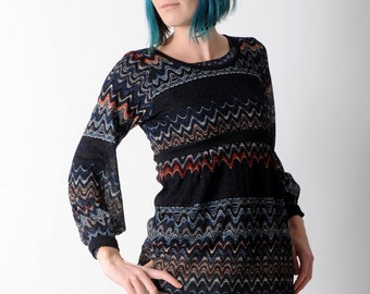 Long navy sweater, Thin sweater in a wavy patterned knit, Long-sleeved thin sweater with bubble hemmed sleeves