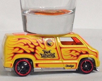 Hot Wheels, Classic Hot Rods, Shot Glasses, Classic '77 Dodge Van, Flames, Yellow