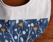 SALE Baby Bib for Girls; Floral Teething Bib; Organic Cotton Drool Bib; Modern Bib for Baby Girl; Handmade Baby Girl Gift; Whimsical Wood