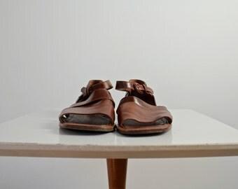 Joan and David Shoes • Joan & David Couture Sandals • Vintage Sandals • Strappy Sandals • Peep Toe Sandals • Ankle Strap Sandals • 7 7.5 37