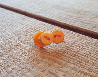 Orange button pin/brooch accessory