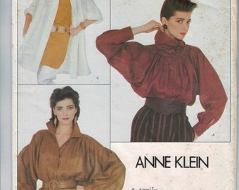 1980s Vintage Sewing Pattern Vogue 2938 Misses Blouse Top Loose Pleated Cowl Neck Anne Klein American Designer Size 8 10 or 12 14 UNCUT  99
