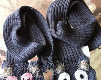 Owl Scarf- Hand Knit