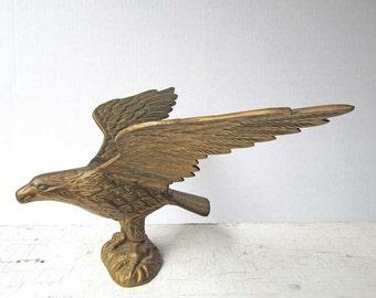 Vintage 1970's Cast Brass Eagle with Spread Wings Desk Top or Shelf Statue, Metal Figure, Masculine Decor, Bookcase Decor, Eagle Statue