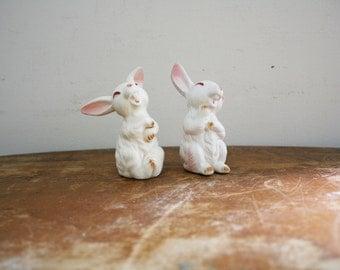 vintage 60s Lefton Pair of Porcelain Happy Rabbit Figurines // Retro Easter Decor