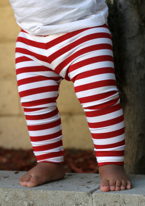 Pair our ruffle baby leggings and legwarmers with bloomers, dresses and casual tees for an everyday go-to look. Shop our collection of tights in a variety of fun colors online at RuffleButts today. JavaScript seems to be disabled in your browser.