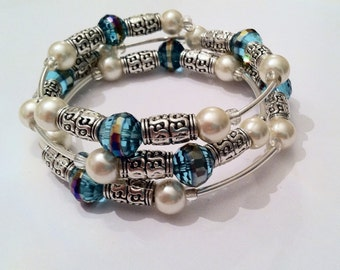 Beaded Bracelet - Memory Wire Stacked Bracelet