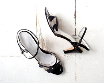 Vintage Strappy Heels | Dryad Leaf | 1960s Shoes | Size 10