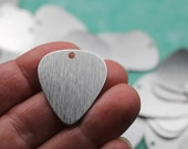 """20 Brushed Aluminum Guitar Pick Or Discs, 1"""" Silvery Anodized Aluminum Stamping Blanks, 20 Gauge (0.8mm) Vertical Grain One 2mm Hole 26x29mm"""