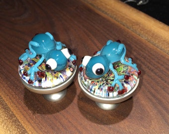Pair of Glass Tree Frog Drawer Knobs- Blown Glass Art