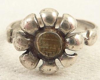 Size 6 Vintage Sterling Flower Ring