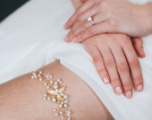 Gold Wedding Garter | Pearl Bridal Garter | Crystal Garter [Villette Garter]