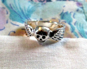 RING - SKULL - WINGS - - 925 - Sterling Silver - Size 7 3/4 Misc469
