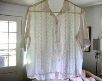 1940's Vintage, Soft Pink BLOUSE, TISSUE COTTON, Detailed, Lace, Eyelets, Beautiful Workmanship, Shirt, size 9-10, top